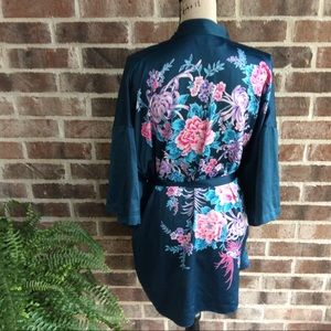Victoria's Secret Floral Short Robe OS